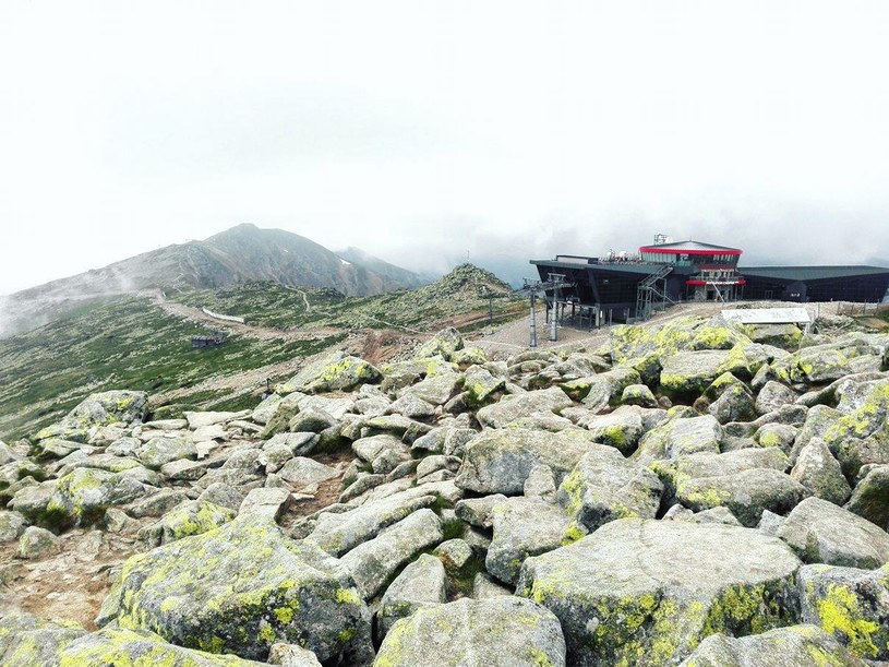 Widok ze szczytu Chopoka na stację Jasna Chopok /Jola Kamińska /INTERIA.PL