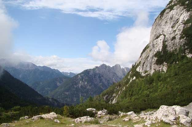 Widoki z przełęczy Vrsnić wynagradzają podróżnym trud wspinaczki /INTERIA.PL