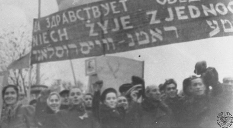 Wiec agitacyjny za przyłączeniem tzw. zachodniej Białorusi do ZSRS, X 1939 r. /IPN /materiały prasowe