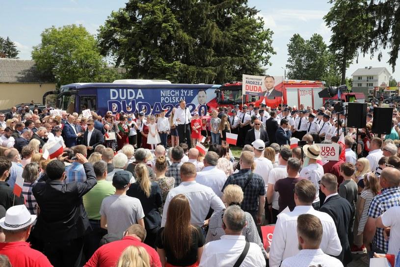 Wiec Andrzeja Dudy we wsi Gózd, 7 czerwca 2020 roku. /Paweł Supernak /PAP