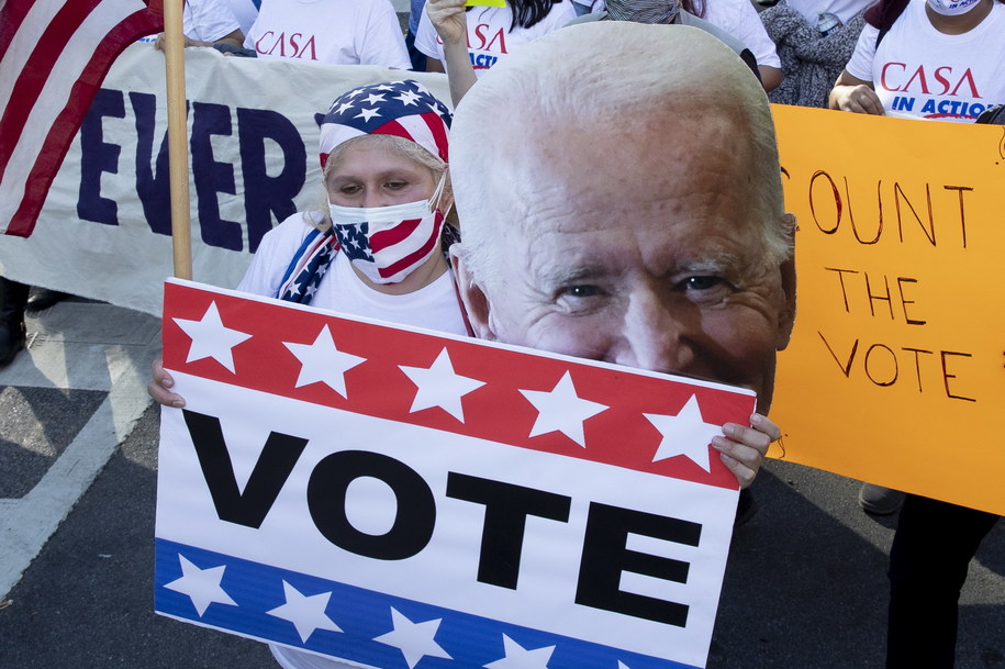 Wiec zwolenników Joe Bidena /MICHAEL REYNOLDS    /PAP/EPA
