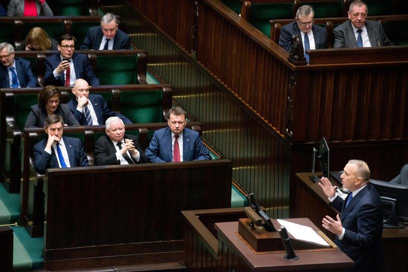 """""""Więcej ludzi popiera antyPiS niż PiS, a mimo to, nie wiadomo, jaki będzie wynik wyborów"""" /Witold Rozbicki /Reporter"""