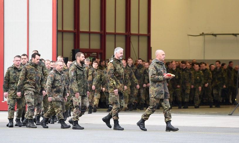 Więcej niemieckich żołnierzy w Afganistanie /AFP
