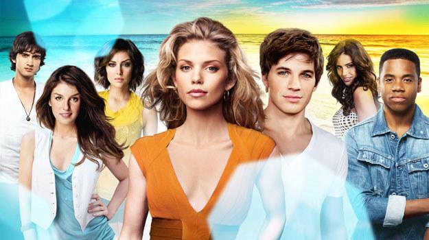 """Wiecznie młodzi bohaterowie """"90210"""" /materiały prasowe"""