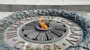 """""""Wieczny ogień"""" w Kijowie ponownie zalany cementem"""