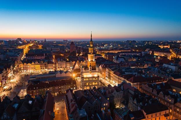 Wieczorna panorama Poznania /©123RF/PICSEL