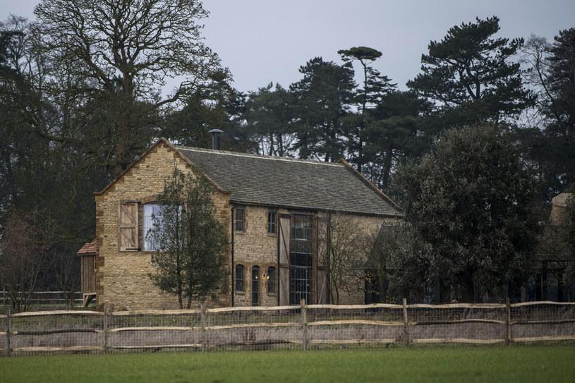 Wiejska posiadłość Beckhamów w Cotswolds /Andrew Lloyd / SplashNews.com /East News