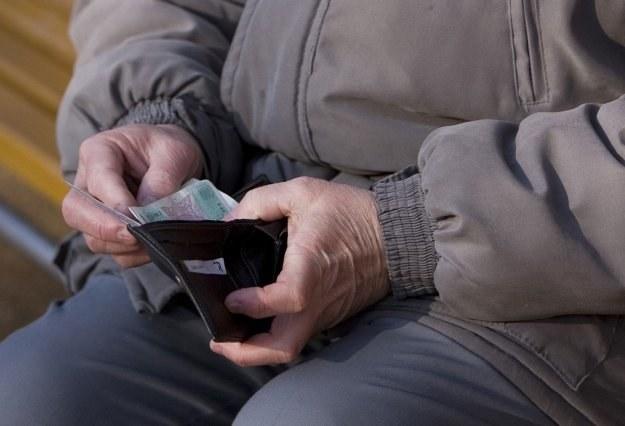 Wiek osoby kończącej pracę zawodową nie byłby czynnikiem decydującym o przejściu na emeryturę /© Bauer