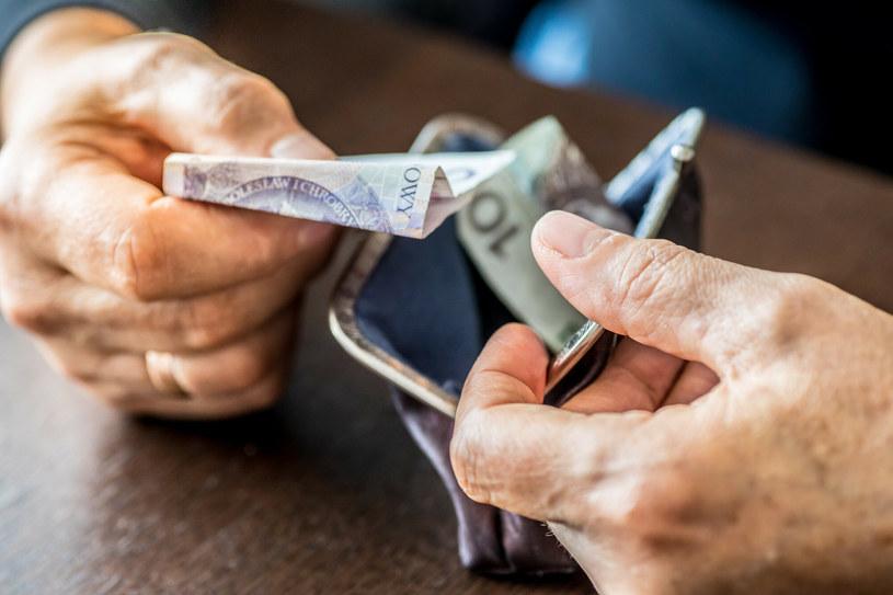 Większość emerytur zwolniona z podatku /Arkadiusz Ziółek /East News