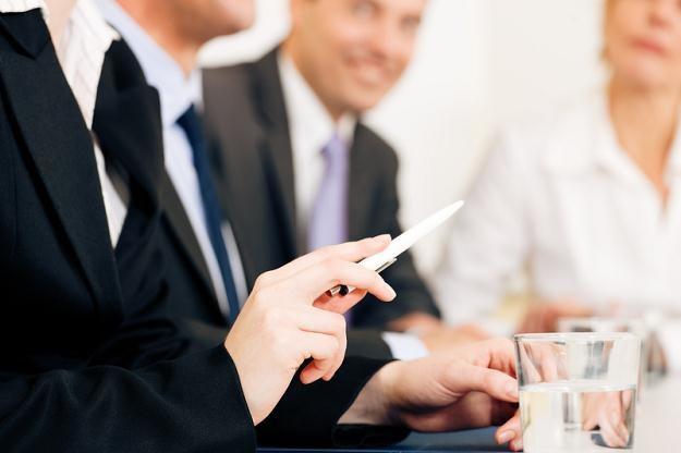 Większość firm nadal obawia się kandydatów, którzy często zmieniają pracę /© Panthermedia