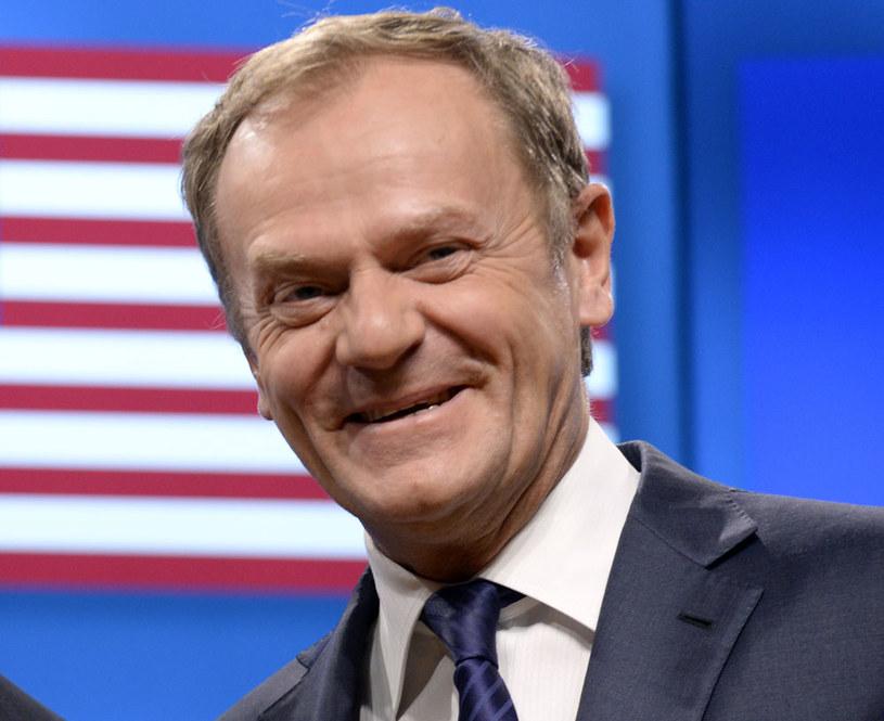 Większość Grupy Wyszehradzkiej jest innego zdania niż polski rząd: Poprą Donalda Tuska /THIERRY CHARLIER /AFP