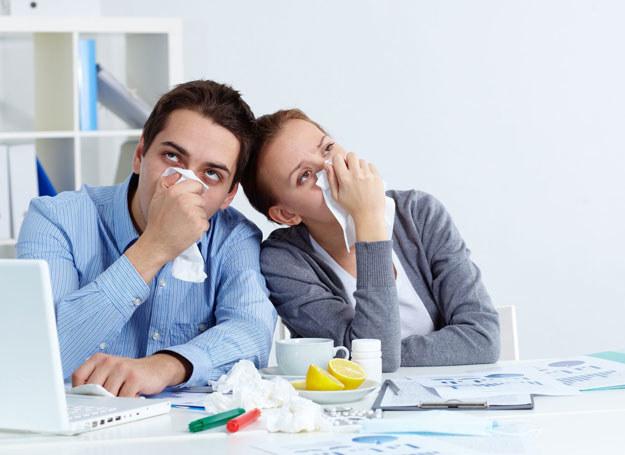 Większość infekcji dróg oddechowych to zakażenia wywołane przez wirusy /123RF/PICSEL