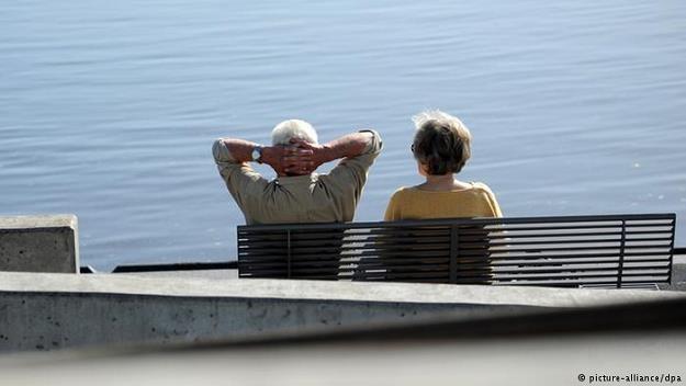Większość Niemców odrzuca pracę zawodową do 66. lub 67. roku życia /Deutsche Welle