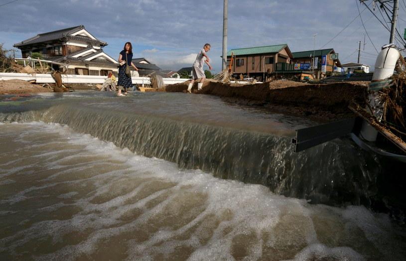 Większość ofiar zanotowano w najbardziej dotkniętym przez żywioł rejonie Hiroszimy /JIJI PRESS /PAP/EPA