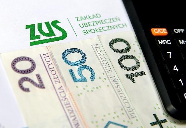 Większość parlamentarna wycofała się ze zniesienia limitu 30-krotności składek ZUS. Fot. Monkpress /Agencja SE/East News