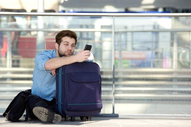 Większość polskich studentów zamierza wyjechać za granicę lub to rozważa /123RF/PICSEL