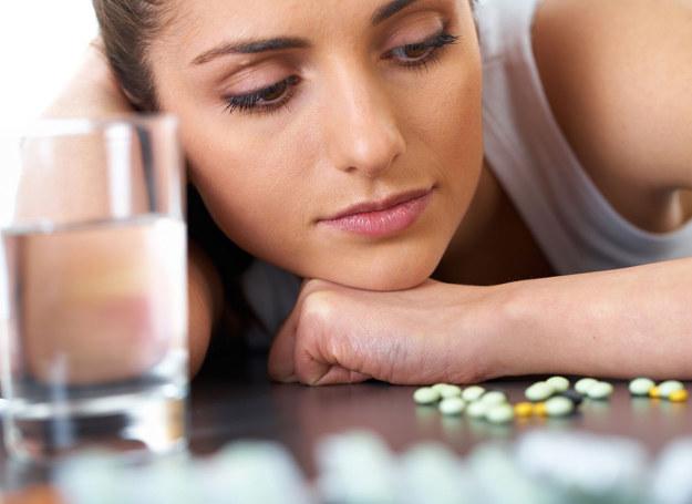 Większości z nas wydaje się, że witamin nie można przedawkować... /123RF/PICSEL