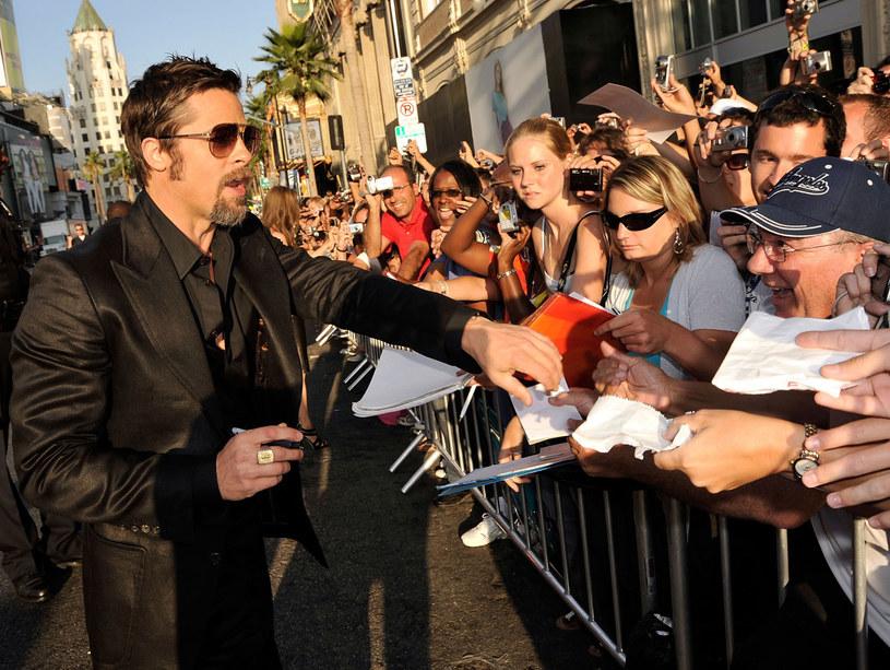 Wielbiciele są częścią ceny, jaką gwiazdy płacą za popularność  /Getty Images/Flash Press Media
