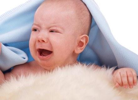 Wiele dzieci reaguje płaczem na dźwięk włączanego odkurzacza czy suszarki /© Panthermedia