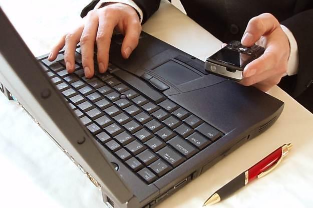 Wiele firm lekceważy bezpieczeństwo swoich sieci informatycznych /stock.xchng