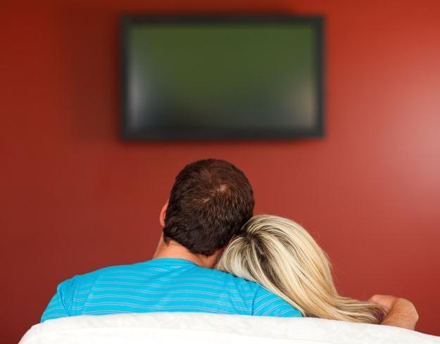 Wiele odbiorników telewizyjnych zostanie unieruchomionych /©123RF/PICSEL