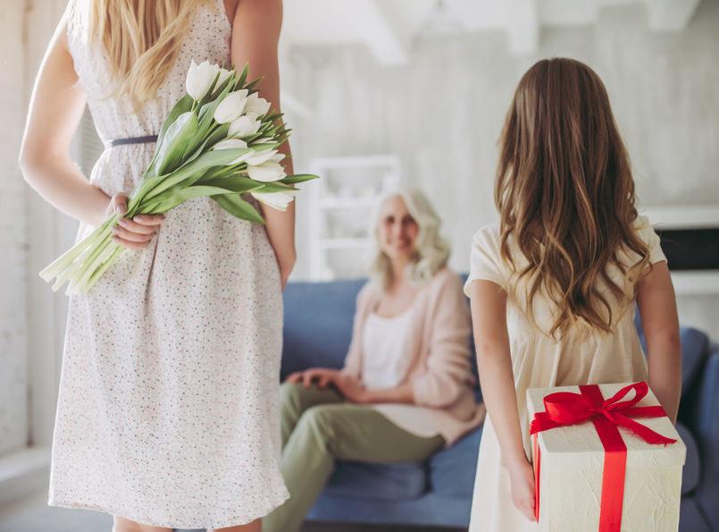 Wiele osób zastanawia się jak spędzać Dzień Matki w 2021 /123RF/PICSEL