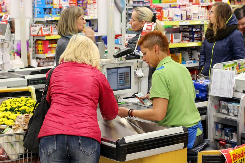 Wiele rodzajów produktów jest w Polsce najtańszych w porównaniu z innymi krajami europejskimi /123RF/PICSEL