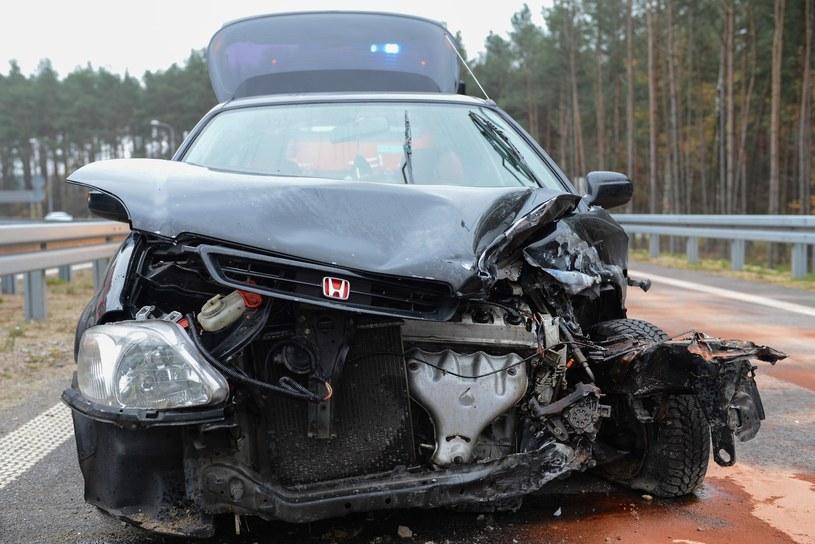 Wiele samochód po poważnych wypadkach jest naprawianych i trafia na rynek (fot. ilustracyjne) /Adam Staśkiewicz /East News