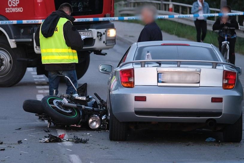 Wiele wypadków spowodowanych przez motocyklistów kończy się tragicznie /Łukasz Solski /East News