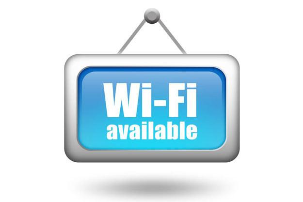 Wiele z bezprzewodowych sieci nie jest odpowiednio zabezpieczonych. /123RF/PICSEL