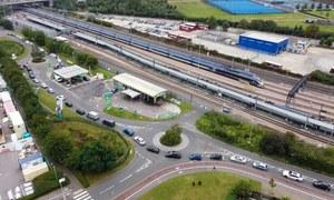 Wielka Brytania: Kolejki na stacjach paliw i racjonowanie benzyny
