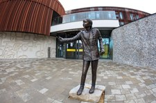 Wielka Brytania: Odsłonięto pomnik Grety Thunberg. Studenci apelują do władz uczelni