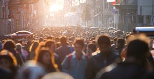 Wielka Brytania: Przewidywana długość życia białych niższa niż mniejszości etnicznych