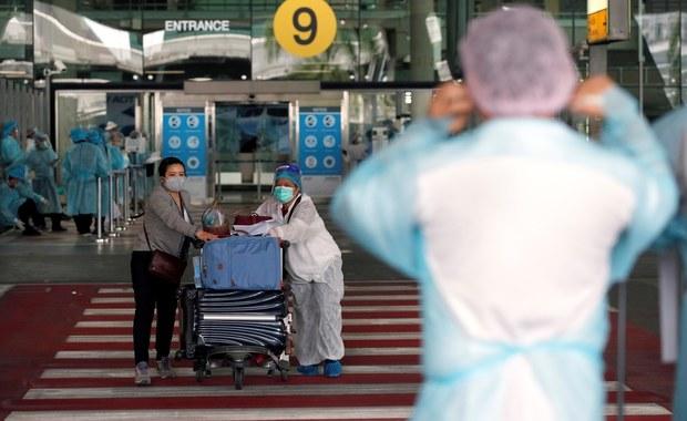 Wielka Brytania przywraca kwarantannę dla przyjezdnych z Polski. Niemal 2 tys. nowych zakażeń koronawirusem! [RELACJA]