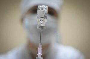 Wielka Brytania: Rosyjski szpieg wykradł formułę szczepionki? Tak twierdzi brytyjski kontrwywiad