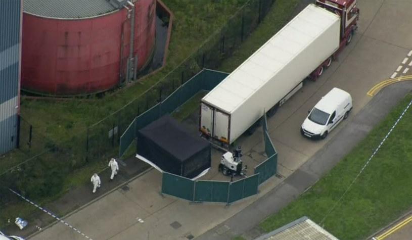 Wielka Brytania: Zwłoki 39 osób znaleziono w październiku w przyczepie ciężarówki /UK Pool/Associated Press /East News