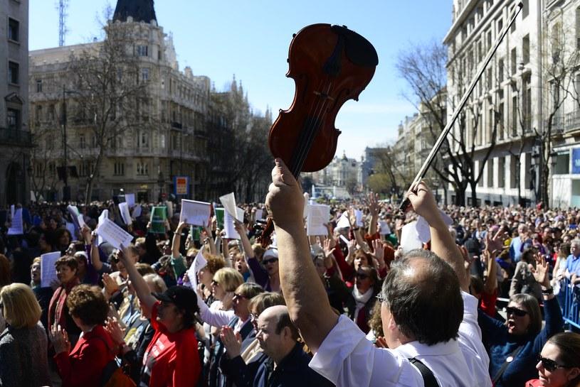 Wielka demonstracja przeciwko cięciom w kulturze /AFP