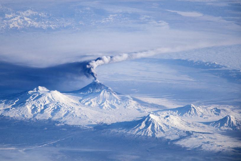 Wielka erupcja Kluczewskiej Sopki miała miejsce w 2013 roku /NASA/JSC/Science Photo Library /East News