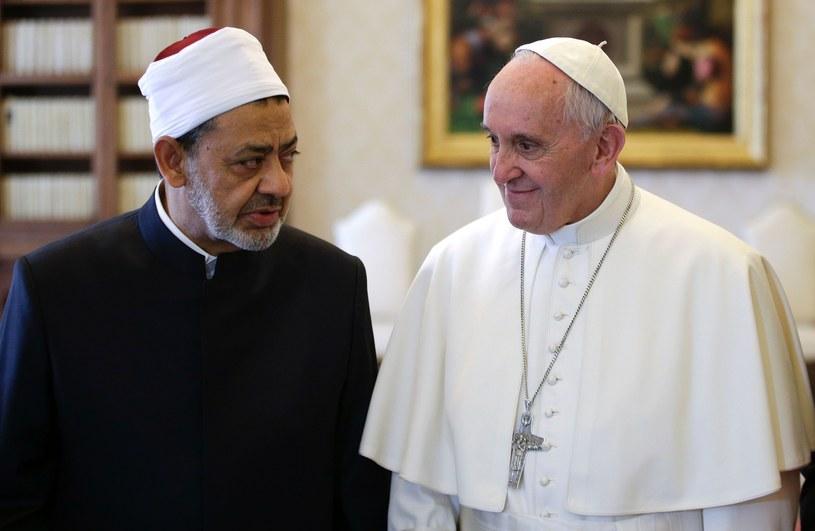 Wielki imam z Al-Azhar podczas spotkania z papieżem Franciszkiem /MAX ROSSI/AFP /East News