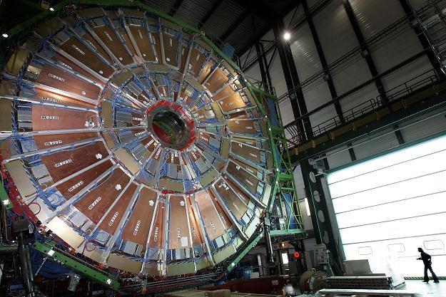 Wielki Zderzacz Hadronów miał być instrumentem przenoszącym nas w przyszłość  nauki /AFP