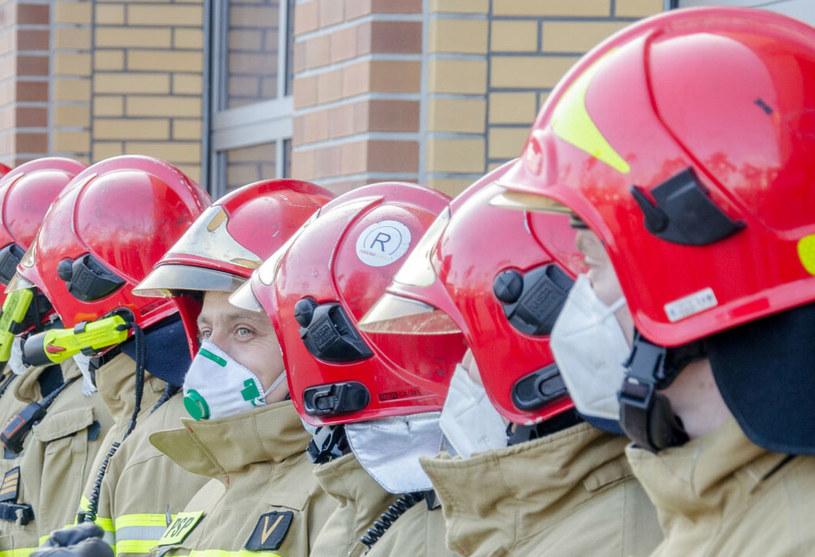 Wielkopolscy strażacy dołączyli do personelu szpitala tymczasowego, zdj. ilustracyjne /East News