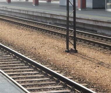 Wielkopolska: Dwie osoby ranne w wypadku na przejeździe kolejowym w Pamiątkowie