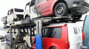 Wielkopolskie: Laweta z nowymi autami stanęła w płomieniach