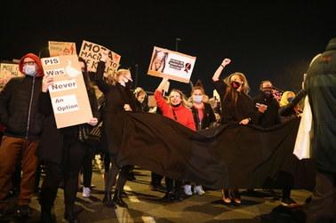 Wielotysięczne blokady w całej Polsce. Strajk Kobiet protestował przeciwko zakazowi aborcji