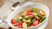 Wielowarzywna zupa na piersi kurczaka