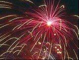 Wielu imprezom plenerowym towarzyszyły pokazy sztucznych ogni /RMF