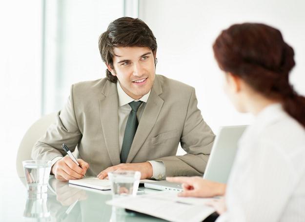 Wielu kandydatów chce wyróżnić się na spotkaniu rekrutacyjnym /© Panthermedia