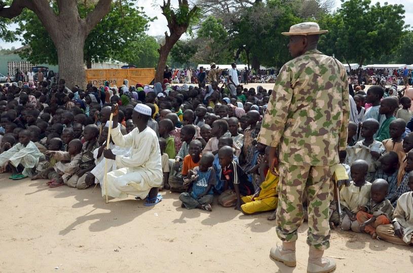 Wielu mieszkańców Nigerii musiało opuścić swoje domy w następstwie ataków Boko Haram. /STRINGER/PUE/RA /AFP
