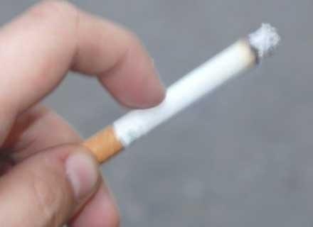 Wielu palaczy zapomina, że truje nie tylko siebie, ale też innych /MWMedia
