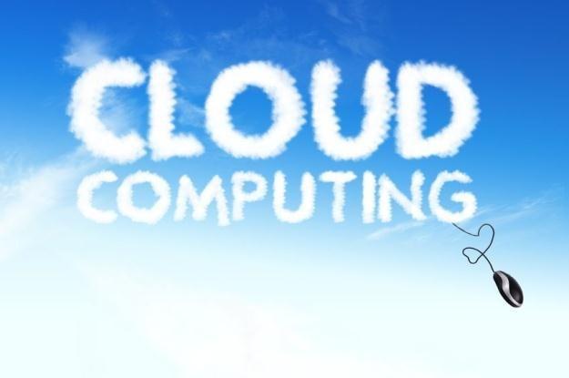 Wielu specjalistów IT obawia się o bezpieczeństwo danych przechowywanych w chmurze /123RF/PICSEL
